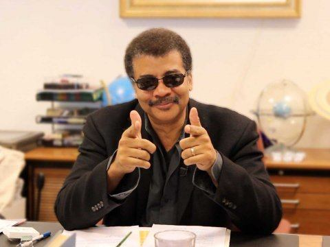 neil-degrasse-tyson-shades-pointing-business-insider