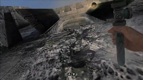 old blood pipe climbing