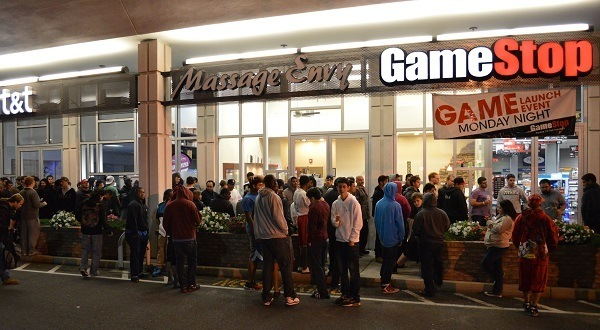 Midnight release line: Almost entirely men, what a surprise.